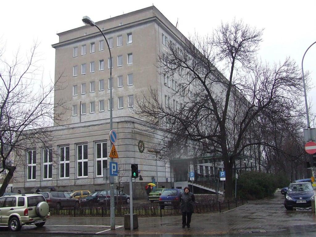 POL_Warsaw_praga_polnoc_ratusz