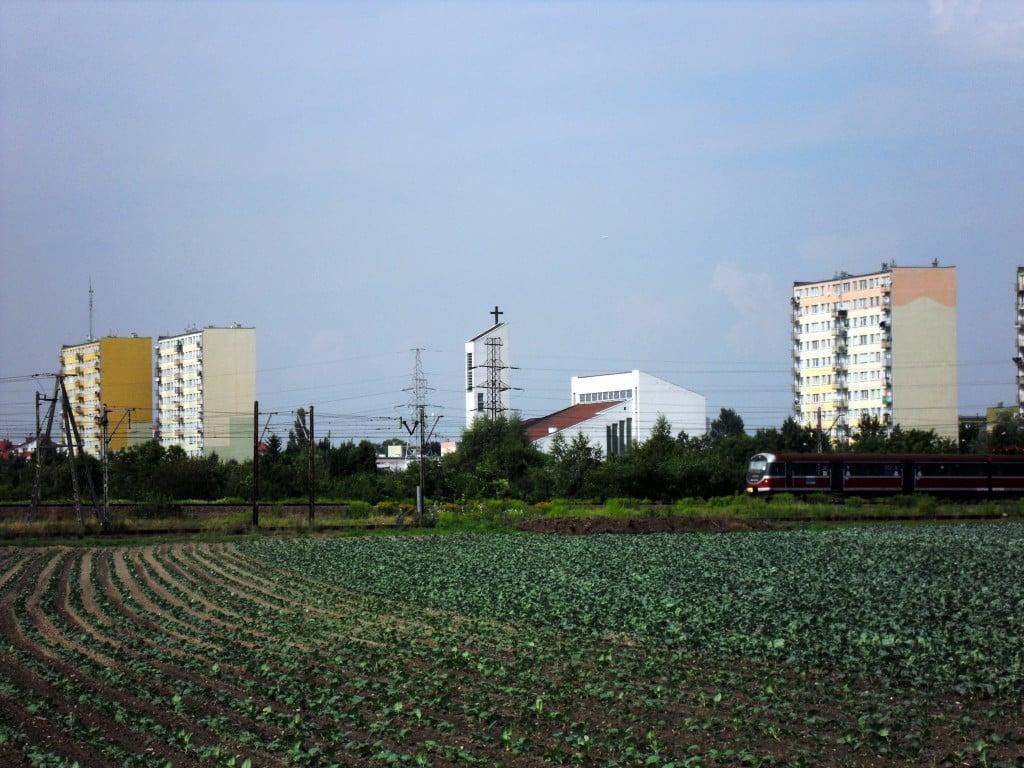 Warszawa-Ursus,_Niedzwiadek,_kosciol